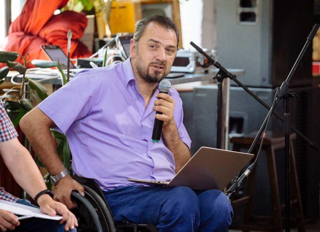 Sergej Drosdowskij redet